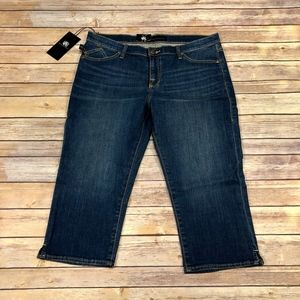 Rock & Republic Shorts - Rock & Republic   NWT Skinny Crops Embossed R